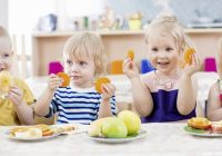 Choosing the Best Snacks for Your Children